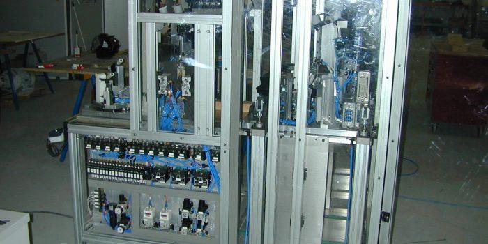 Lateral de puesto de microcontrol