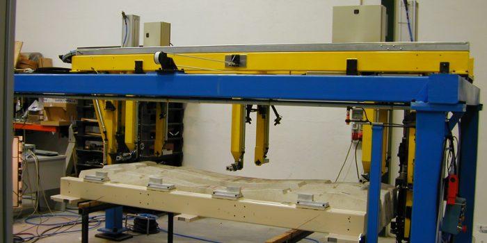 Vista general de la triangulacion laser para control de calidad de traviesas alta velocidad