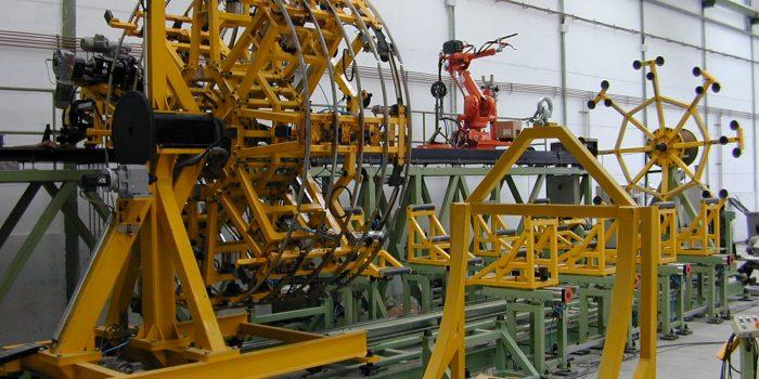 Maquina para la fabricacion  de depositos de acero inoxidable