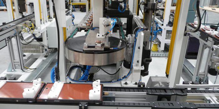 Maquina especial - Doble manutencion en linea de planchas