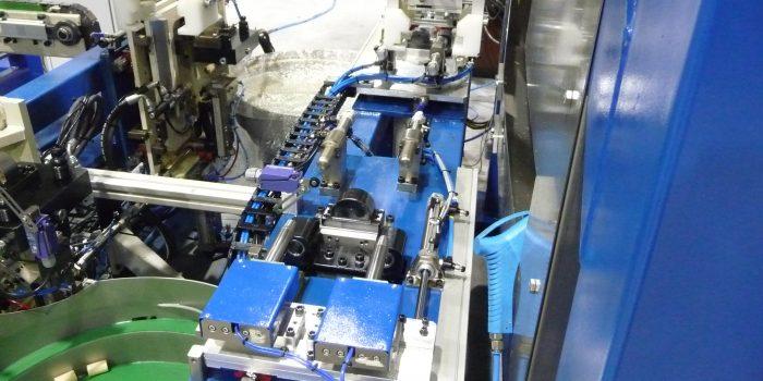 Control de calidad - Control micrometrico de diametro y distancia