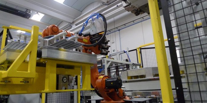 Celula de montaje de evaporadores