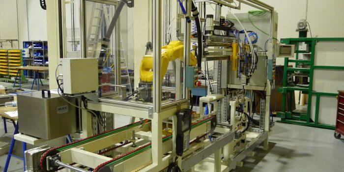 Puesto de atornillado robotizado