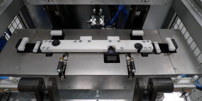 Pegado puertas hornos / centrador prensa
