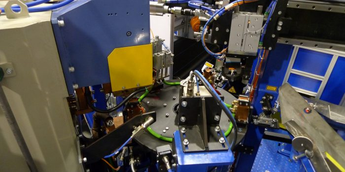 Automatizacion de soldadura de tuercas enjauladas en proceso rotativo